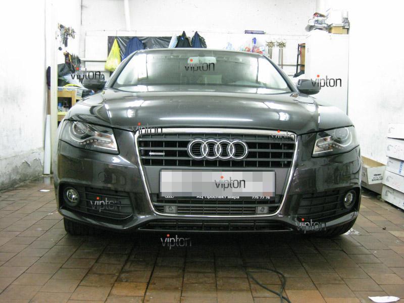 Автомобиль Audi А4.  / Нанесение антигравийной защитной пленки VENTURESHIELD.