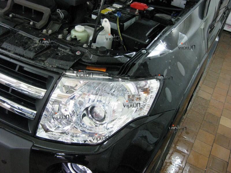 Автомобиль Mitsubishi Pajero. / анесение антигравийной пленки VENTURESHIELD.