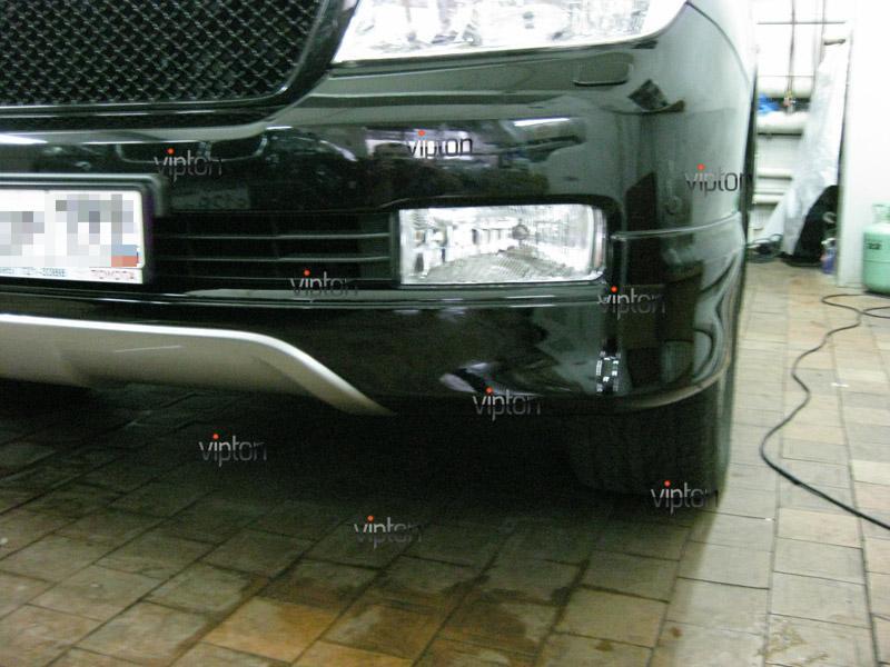 Автомобиль Тoyota Land Cruiser 200. /  Нанесение антигравийной пленки VENTURESHIELD. 6