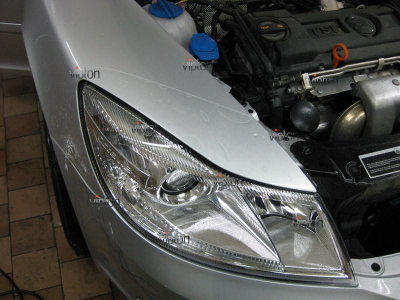 Автомобиль Skoda Octavia 2.   / Нанесение антигравийной пленки VENTURESHIELD 1