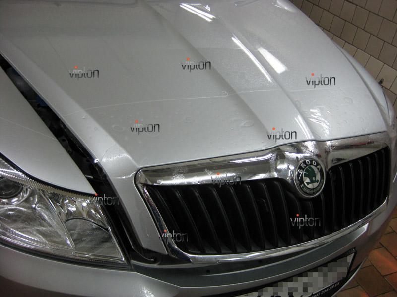 Автомобиль Skoda Octavia 2.   / Нанесение антигравийной пленки VENTURESHIELD 2