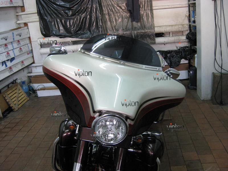 Мотоцикл Harley Davidson Street Glide / Нанесение антигравийной пленки 12