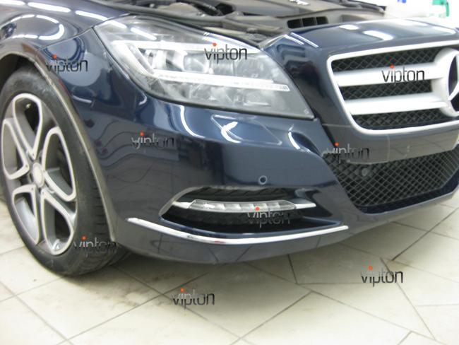 Mercedes Benz CLS: Нанесение антигравийной пленки 7