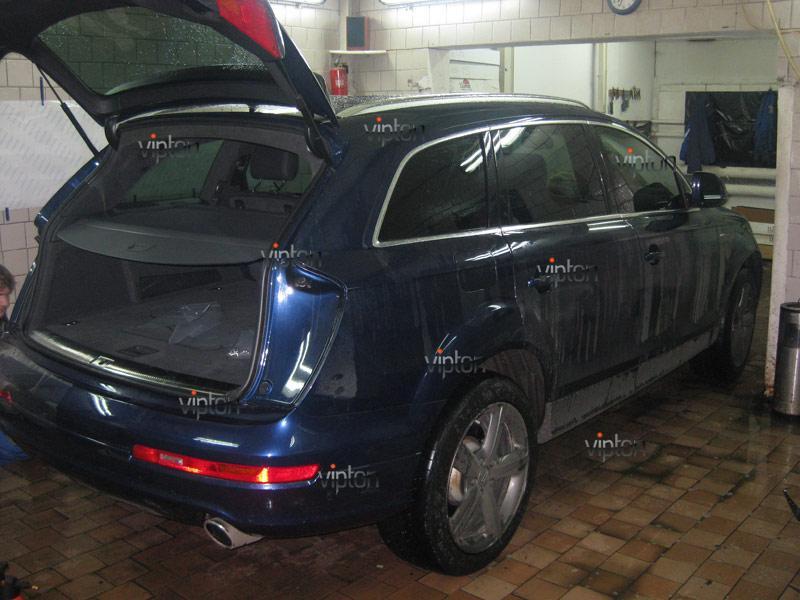 Audi Q7: установка антигравийной пленки 3