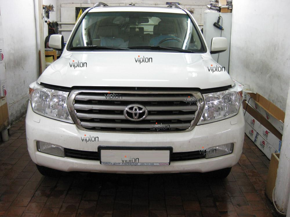 Toyota Land Cruiser 4