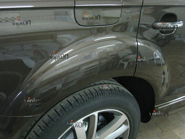 Audi Q7: нанесение антигравийной пленки VENTURESHIELD 3