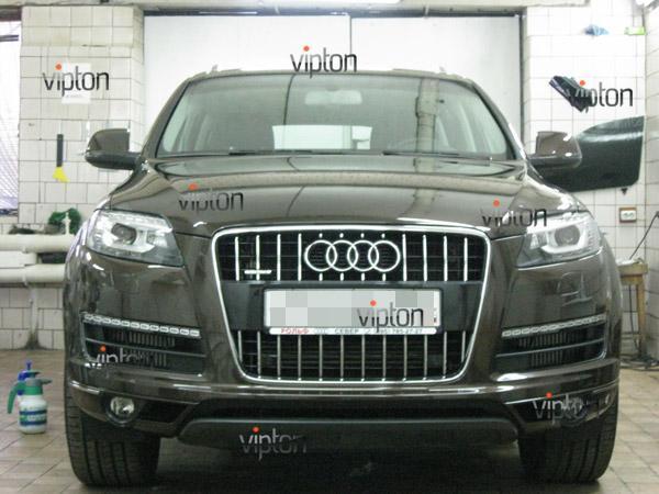 Audi Q7: нанесение антигравийной пленки VENTURESHIELD 4
