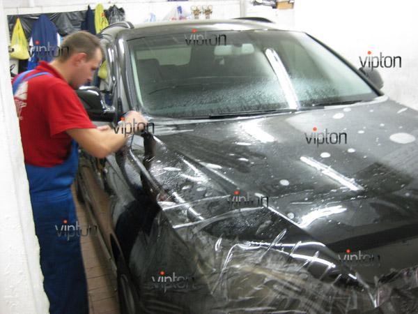 Автомобиль Audi Q7 / Нанесение антигравийной пленки VENTURESHIELD 1
