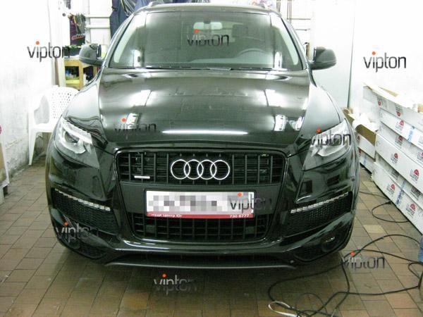 Автомобиль Audi Q7 / Нанесение антигравийной пленки VENTURESHIELD 7