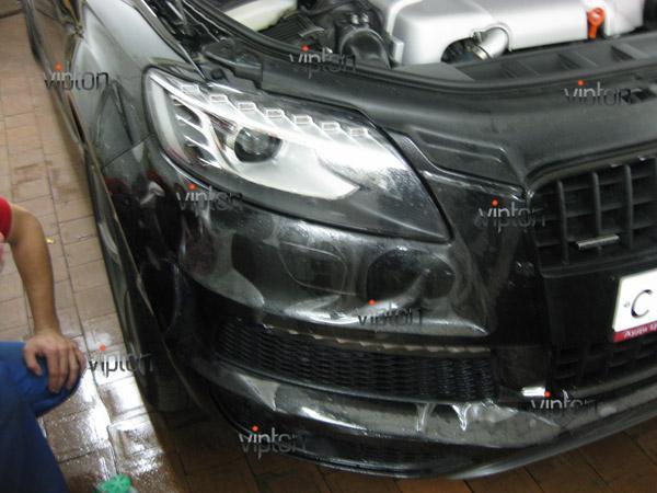 Автомобиль Audi Q7 / Нанесение антигравийной пленки VENTURESHIELD 8