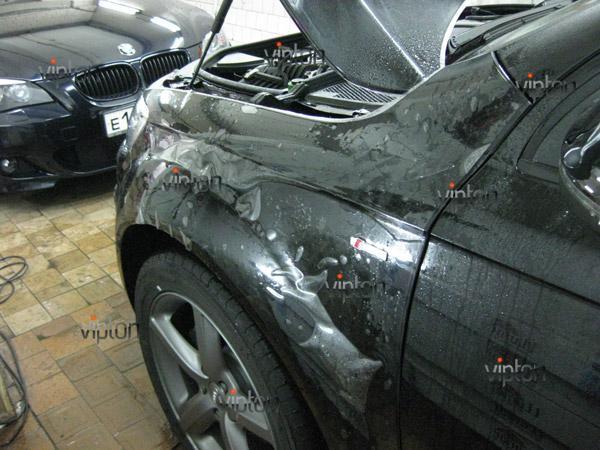 Автомобиль Audi Q7 / Нанесение антигравийной пленки VENTURESHIELD 11