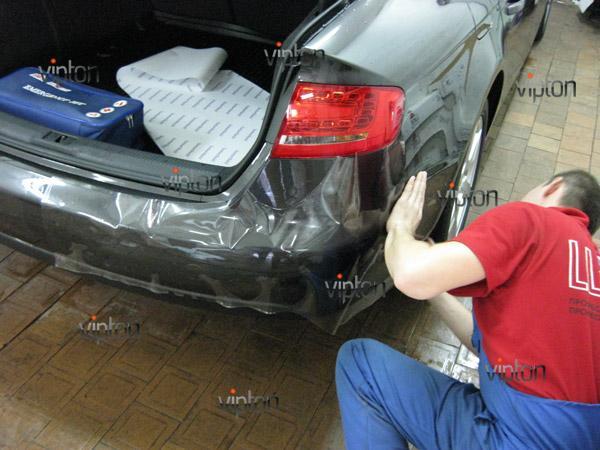 Автомобиль Audi А4 / Нанесение антигравийной пленки VENTURESHIELD. 6