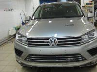 VW TIGUAN: антигравийная защита