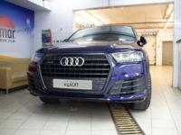 Audi Q7: Установка защитной антигравийной пленки LLUMAR GLOSS PPF