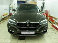 BMW X-6: Антигравийная защита LLUMAR GLOSS