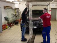BMW X-5: защита лобового стекла