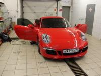 Porsche 911  Llumar ATR 15 CH SR HPR.