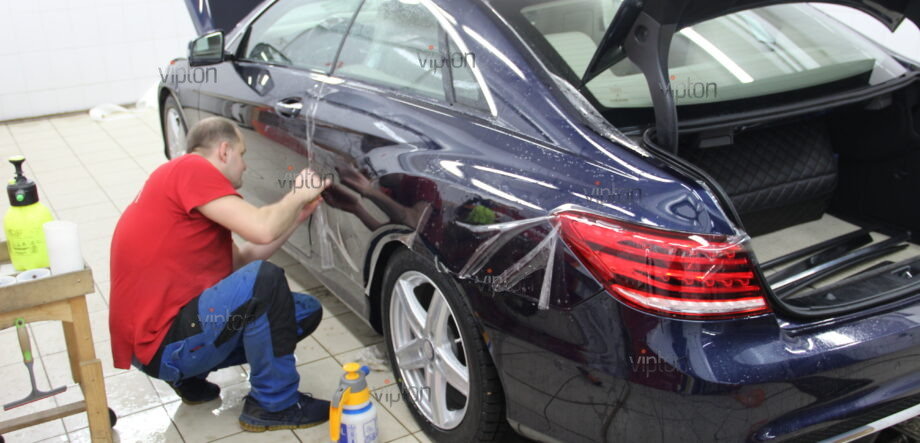 Mercedes-Benz E-Класс 1
