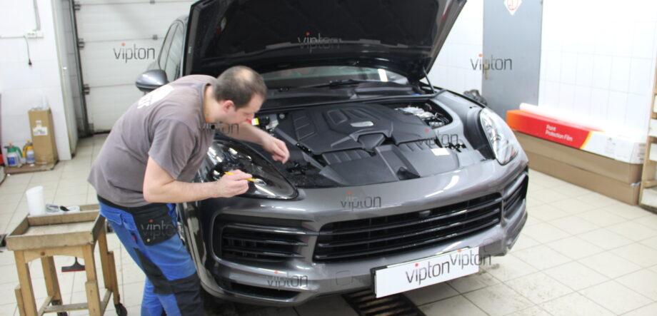Porsche Cayenne: бронирование фар 5