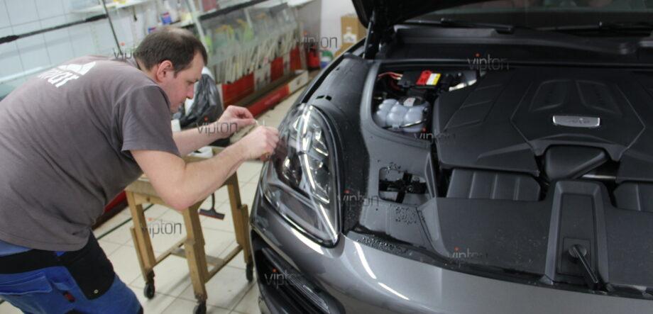 Porsche Cayenne: бронирование фар 4